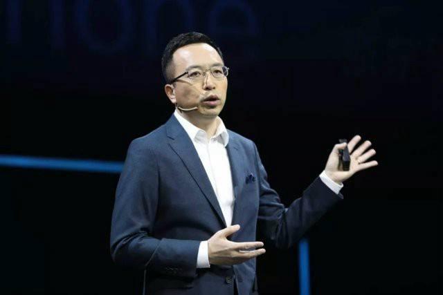 荣耀7月15日召开新品类沟通会,或发布大屏产品