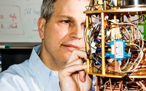 """""""淘金""""量子计算:近两年创企获4.5亿美元风投融资"""