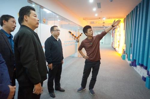 大冶市市长周军等一行领导莅临猫玩互娱南京总部视察