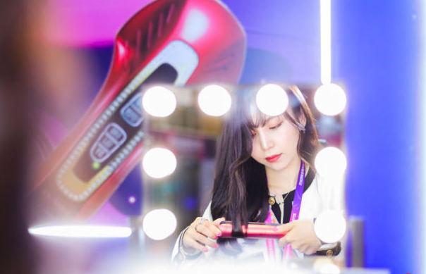 天猫国际生发、美容、洁牙仪器热卖,科技美容成进口新消费市场