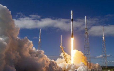 SpaceX发射第二批60颗星链卫星 任务火箭四次上天