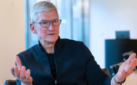 库克否认垄断:苹果对手很多 在手机上有华为三星