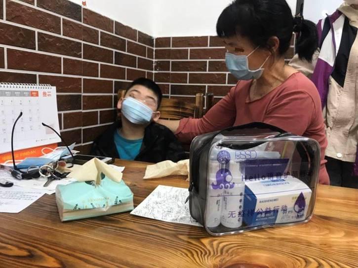 Hello语音捐赠万份健康包 为广州儿童构筑防护墙