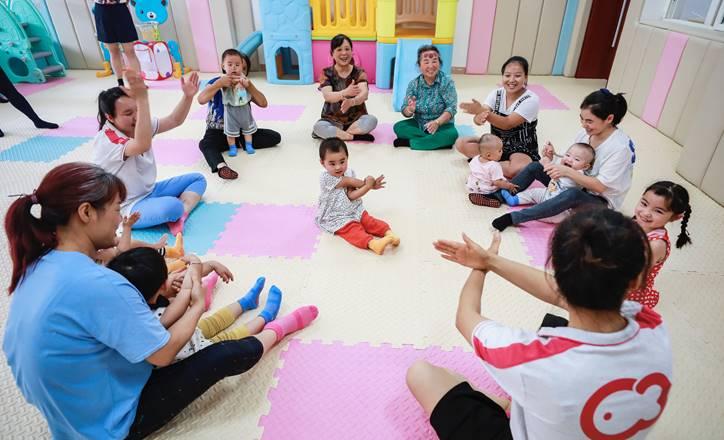 湖畔魔豆与国家卫健委达成合作备忘,积极推动贫困地区婴幼儿照护服务