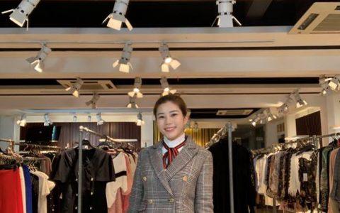 广州90后女装商家逐浪拼多多:每天直播3小时,日销稳超10万元