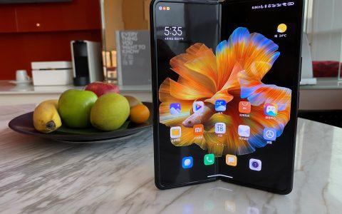 """小米MIX FOLD快速上手:你是否需要一款""""折叠屏手机""""?"""